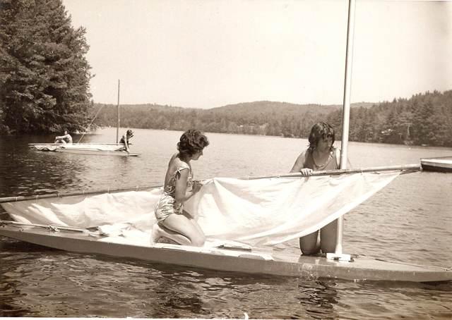 Putting a sail up